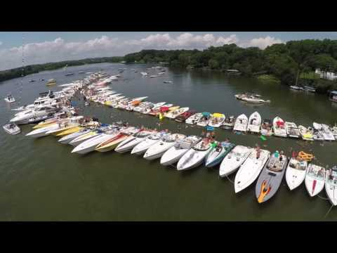 2016 Tennessee Powerboat Club Fun Run - Raft-up Fly-by