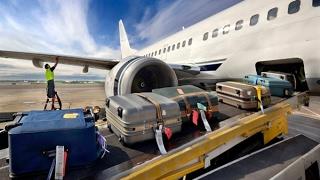 Скрытая камера в багаже самолета