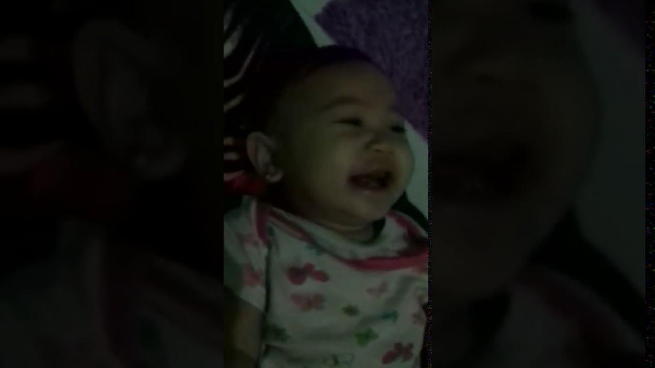 Bayi Ketawa Ngakak Youtube