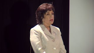 My story as a pediatrician in the US-Mexico border | Carmen Rocco | TEDxBrownsvilleWomen