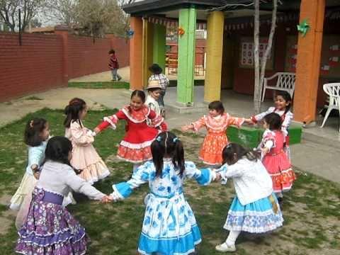 Jugando con agua show disco chilena