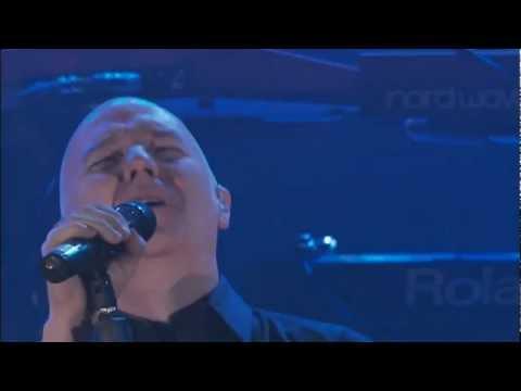 Schiller  Feat  Midge  Ure    --     Let    It    Rise  [[   Official  Live    Video  ]]  HD