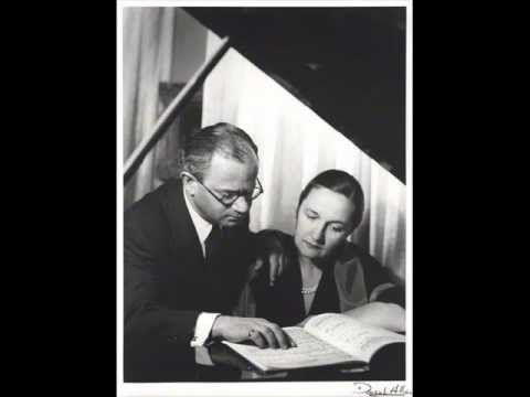 Gina Bachauer plays Bach-Busoni Toccata, Adagio & Fugue in C major