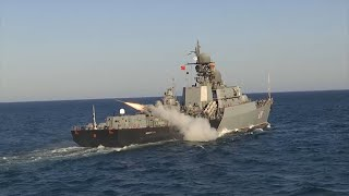 Стрельба по морским минам и запуск «Калибров»: как проходят учения Каспийской флотилии