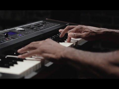 ROLAND VR-730 V-combo 73-key Live Performance Keyboard