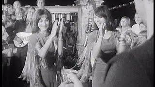 Martha a Tena Elefteriadu: Veselá je dědina - vinobraní (1972)