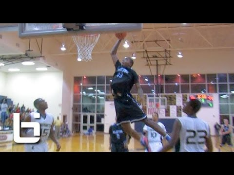 Gary Clark has MONSTER Game: Drops 34 Poin...