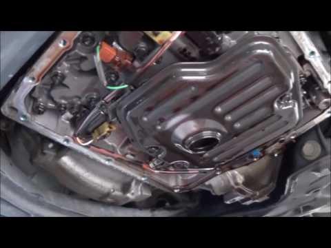 scion tc tranmission fluid and filter change youtube rh youtube com 2005 scion tc manual transmission fluid capacity 2005 scion xb manual transmission fluid