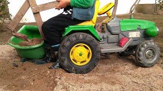kepçeli çizgi film izle oyuncak arabalar dan büyük oyuncak traktör