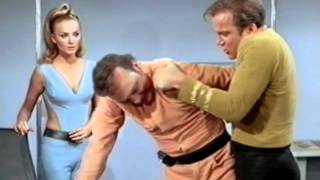 STAR TREK : AWESOME KIRK MOMENTS ''BITCH SLAP!''