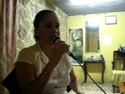 Tacticas De Guerra por Emilia Salas