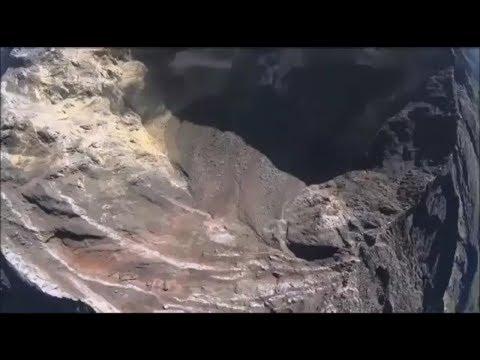 Begini Video Kondisi Kawah Gunung Agung saat Ini yang Diambil oleh Drone BNPB dan IOF