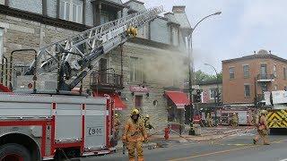 INCENDIE / FIRE / LES POMPIERS ARRIVENT / FIREMEN ARE COMING / RACHEL - SAINT-HUBERT / 10-09