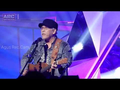 Iwan Fals - Surat Buat Wakil Rakyat | JCC Konser Hut 24 Indosiar