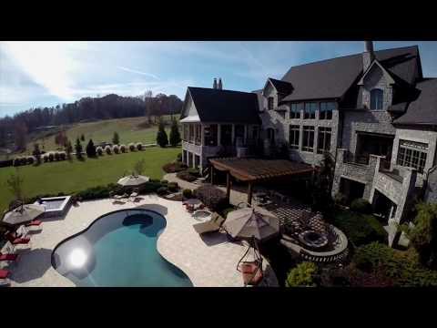 Luxury homes of TN | Luxury Lakefront Homes