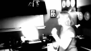 its that dancing girl
