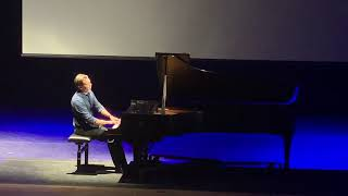 Valses Nobles Et Sentimentales (Ravel), David Long, Piano