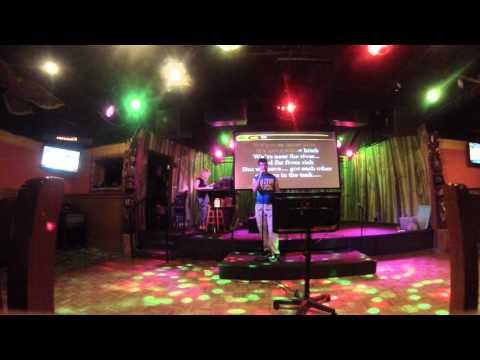 Karaoke - River Bank (Brad Paisley)