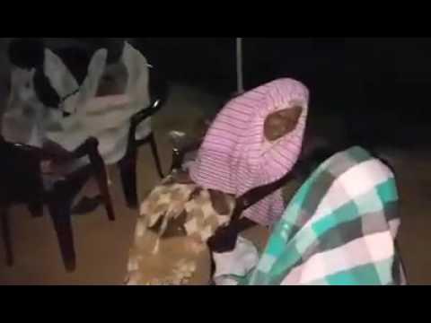 கேப்பாபிலவு விமானபடைமுகாம்  முன்பாக சரியாக அதிகாலை  01 02 2017  03 மணிக்கு மக்களின் அவலநிலை!