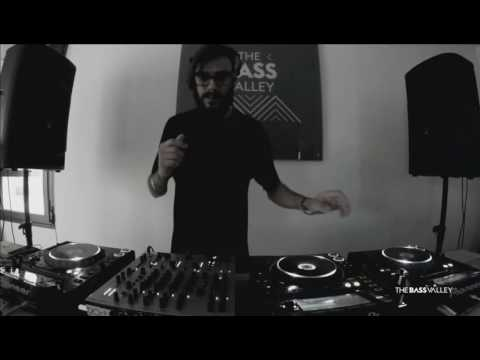Lewis Fautzi Live @ The Bass Valley (2016-07-30) (Part 1) in