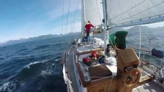 Living & Traveling Full Time On A Sailboat ~ An Inspirational Interview