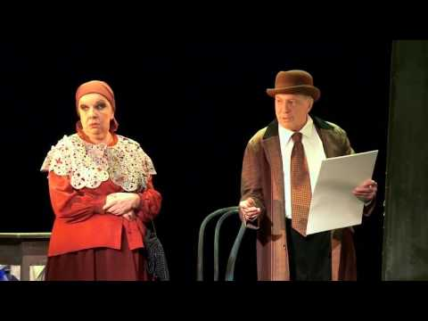 Спектакль «Полеты с ангелом. Шагал» в театре Моссовета...