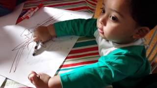 Ravid drawing in playgroup
