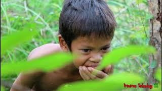 Primitive Technology - Eating delicious - Awesome cooking pigs kidney