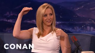 "Lisa Kudrow On Awkward Nudity On ""The Comeback"