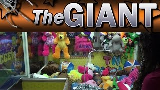 The GIANT Claw -Two 2 in 1