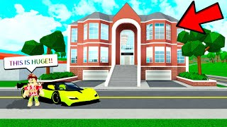 THE BIGGEST MANSION UPDATE! (Roblox Robloxian Highschool)