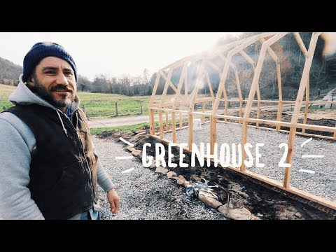 Pro Builds Greenhouse from Internet Plans Says it's Easy