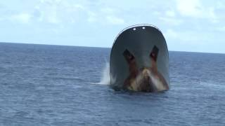 Ship Sinks caught on camera INCREDIBLE VIDEO غرق سفينة
