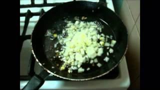 Вкусный  рецепт горохового супа с копченостями