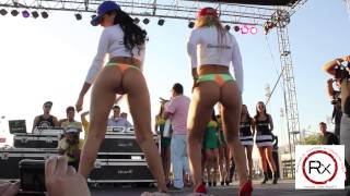 Repeat youtube video Tuner Show 2013 Andrea Valenzuela y Deborah