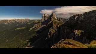 Видео-зарисовка горных массивов/Video sketch of mountain ranges(Красота и великолепие гор завораживают своим величием и неприступностью. Это поистине шедевры земли. О..., 2015-07-11T04:57:47.000Z)