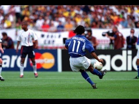 Gol de Ronaldinho a Inglaterra - Mundial 2002 HD (Narración en español)