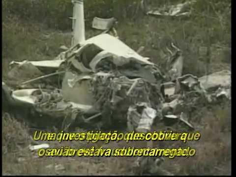 A morte precoce de Aaliyah - YouTube