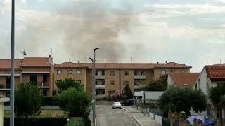 Incendio all'ingresso di Campomarino
