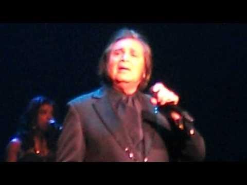 Engelbert Humperdinck - Didn't we - live 3 nov 14