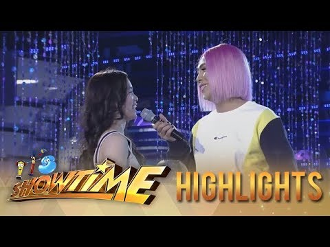 It's Showtime: Vice Ganda gives souvenir to Ate Girl