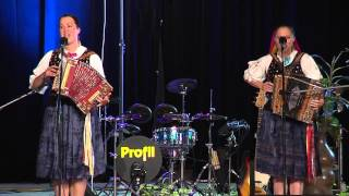 Lenka a Evka BACMAŇÁKOVÉ - Heligonkárky z Kysúc - Mám ja hrušku /  Ešte som sa neoženil