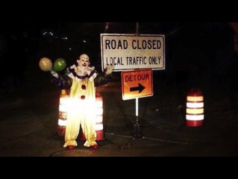 PRANK! Scary Killer Clown Alley Way Chase