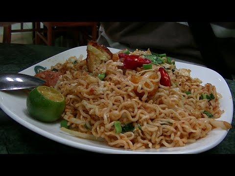 Maggi Mee Goreng Kayu Restaurant