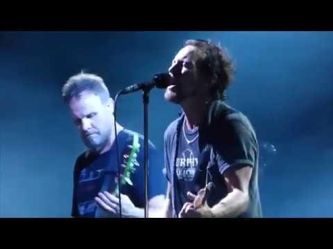 Pearl Jam - Of The Earth - Wrigley Field (August 22, 2016)