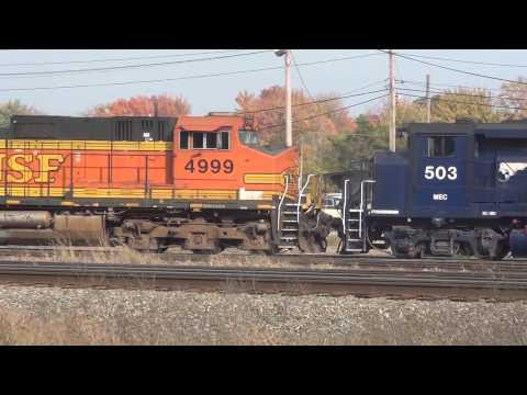 HD Another Loaded Oil Train Hauls Through Portland Maine - RARE Power - + Rigby Action - 10/6/2012
