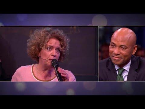 Brigitte Kaandorp zingt lied voor Humberto - RTL LATE NIGHT