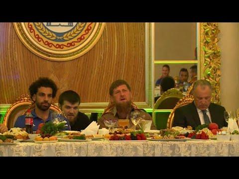 الاتحاد المصري لكرة القدم يكشف حقيقة نية محمد صلاح اعتزال اللعب الدولي …  - نشر قبل 1 ساعة
