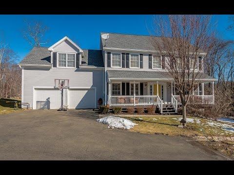 Real Estate Video Tour   4 Castlewood Dr, Monroe, CT 06468