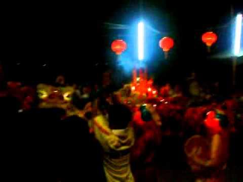 mua lan tet 2010 - chua ong - tan chau - an giang ( lot of lion dance)